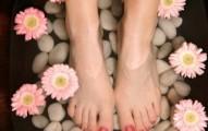10-remedios-naturales-para-combatir-el-mal-olor-en-los-pies_sgqfz