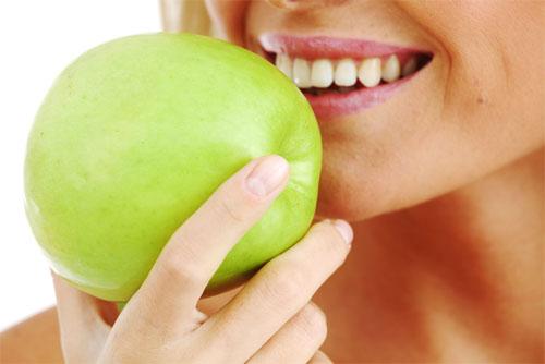 5 Alimentos que protegen los dientes
