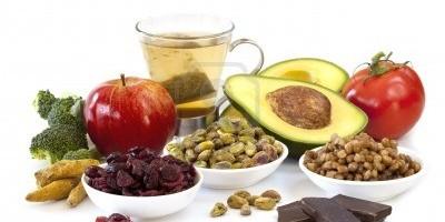 antioxidantes-naturales-10-alimentos-contra-los-radicales-libres-y-el-envejecimiento_hxcpn