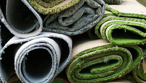 Como reutilizar las alfombras viejas