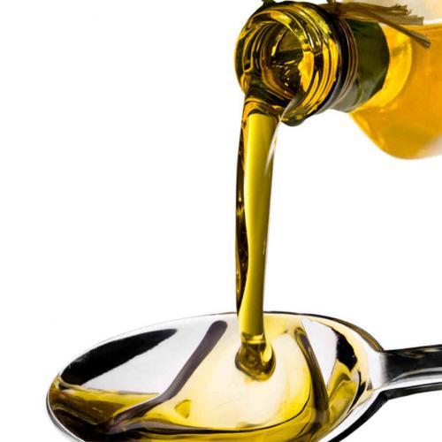 ¿El mejor reconstituyente? Una cucharada de aceite de oliva en ayunas