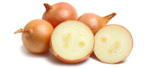 Más sorprendentes usos de la cebolla para el hogar y la salud