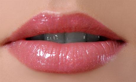 Como tener unos labios perfectos con trucos y remedios naturales