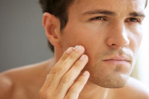 Productos naturales para el cuidado de la piel masculina
