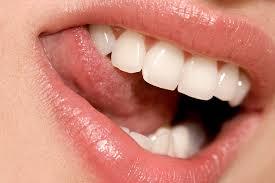 Remedios naturales contra las encías que sangran