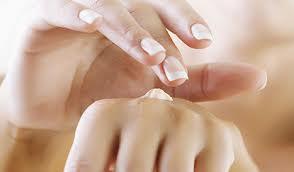 Remedios naturales para las manos agrietadas