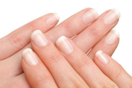 Como cuidar uñas quebradizas y débiles