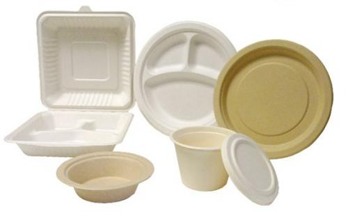 Vajilla de plástico: atención con la comida caliente